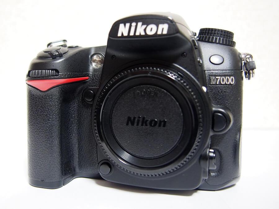 Nikon(ニコン) デジタル一眼レフカメラ D7000