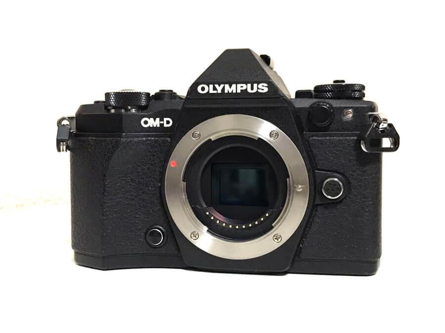 OLYMPUS(オリンパス) OM-D E-M5 Mark II ミラーレスカメラ